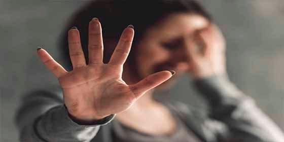 """Conmoción en Ecuador por el caso de una mujer que fue violada por sus propios """"amigos"""""""