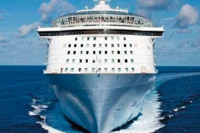 """Caos total"": 250 personas atrapadas en un crucero por contraer este horrible virus"