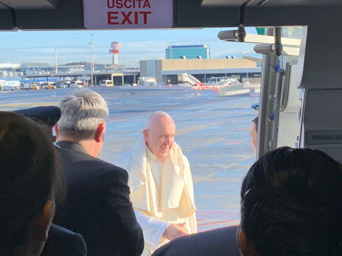 Francisco ya vuela hacia Panamá