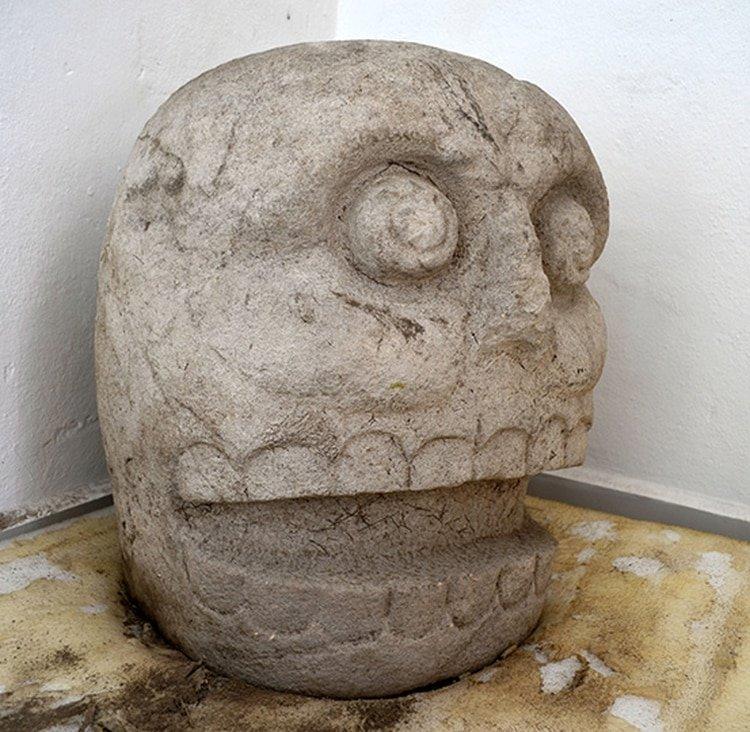 """México: Arqueólogos descubren el primer templo dedicado a Xipe Tótec, el """"dios desollado"""""""