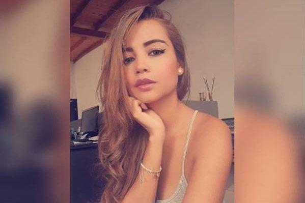 Las atrevidas fotos de la exmonja colombiana que se estrena como actriz porno