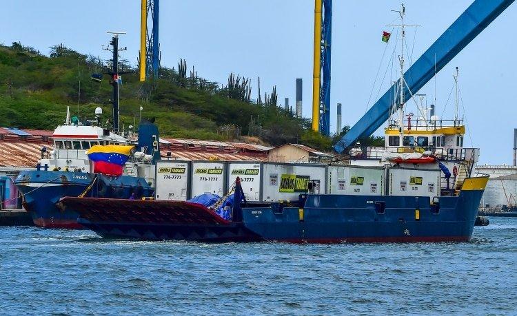 """La amenaza chavista a los barcos con ayuda humanitaria: """"Si entran, van a ser atacados"""""""