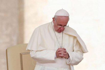 """""""Tristeza"""" del Papa por las víctimas de un incendio en Bangladés y de un derrumbe de mina en Liberia"""