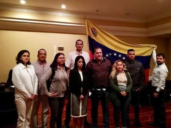 Los diplomáticos de Juan Guaidó avanzan y 'toman' la Embajada de Venezuela en Costa Rica