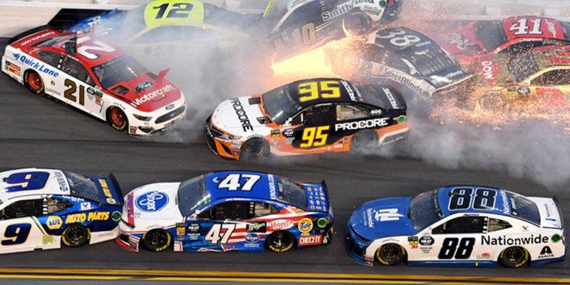 Piloto provoca un accidente de más de 20 coche durante las 500 millas de Daytona