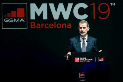 """Felipe VI le amarga la cena a Torra: """"España es reconocida mundialmente como una plena democracia"""""""