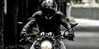 El escalofriante vídeo de este argentino a 300 km/h en su motocicleta