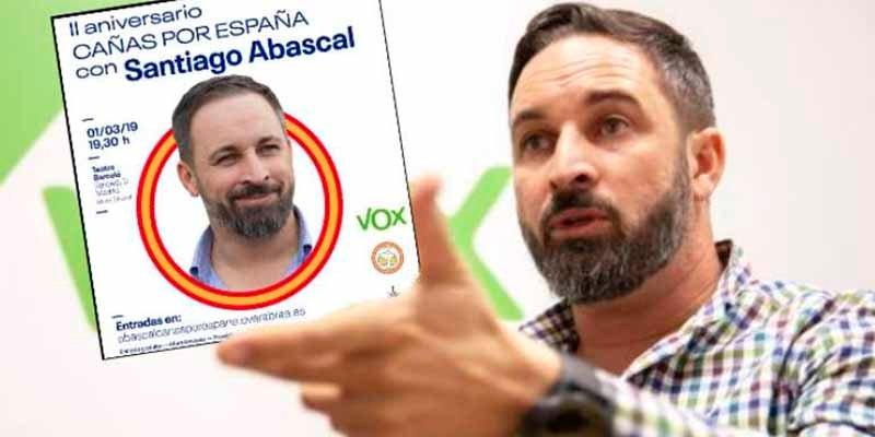 Santiago Abascal triunfa en Madrid con sus 'Cañas por España': llenazo apoteósico en el Teatro Barceló