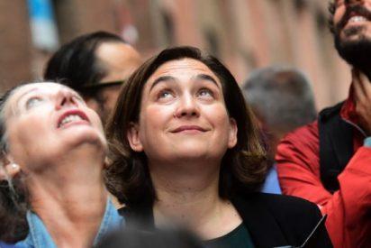 La telaraña de Colau: una tupida red de mamandurrias para parejas y amigos activistas
