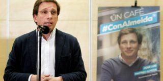 Martínez-Almeida(PP) lanza una original campaña en el Metro con fotos de Sánchez, Carmena y Puigdemont