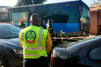 Muere un hombre aplastado tras se atropellado por un autobús de la EMT de Madrid