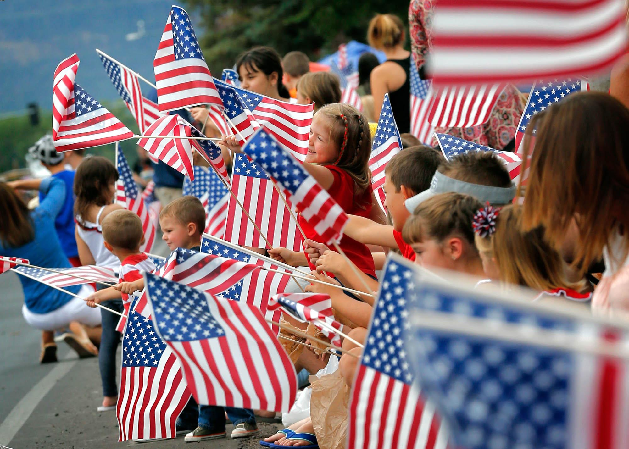 EEUU: Arrestan a niño de 11 años por negarse a honrar a la bandera