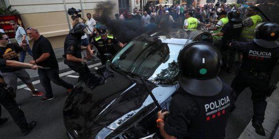 El colmo de lo absurdo: Barcelona, la capital de la movilidad y del Mobile, sin Uber ni Cabify