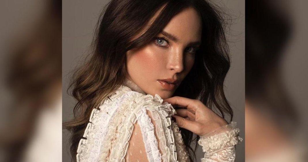 Foto: El sexy problema que tuvo Belinda con su vestido en La Voz Senior