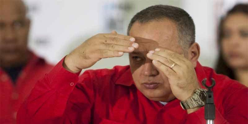 """Diosdado Cabello a Marco Rubio: """"Te estás burlando porque pusimos unos contenedores... se viene una guerra irregular, prepárate"""""""