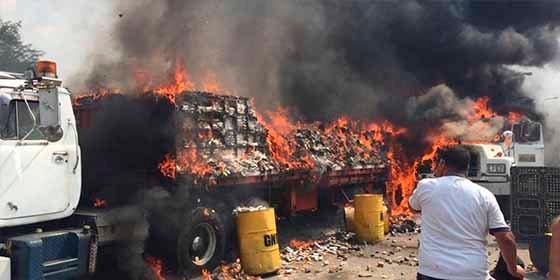 William Cárdenas: El ataque a la ayuda humanitaria es un crimen de guerra