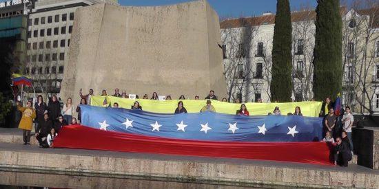 Vídeo: Juventud venezolana dinamita los argumentos del chavismo español