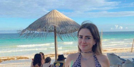 Celia Lora muestra sus 'cocos' al desnudo: sin censura ni timidez