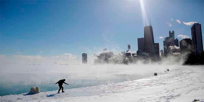 Chicago es 'Chiberia' con temperaturas de -25 grados y aterradores temblores de hielo