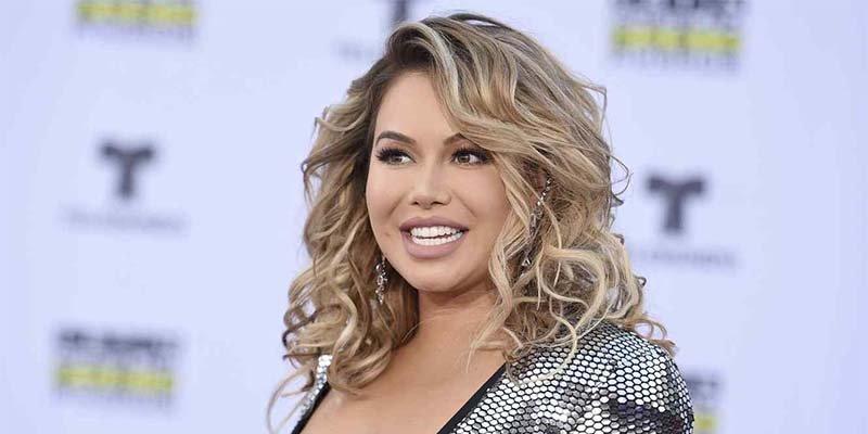 La cantante Chiquis Rivera olvida el sujetador y se le marca todo