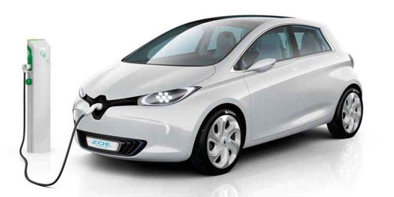 ¿Sabes cuánto cuesta cargar un coche eléctrico con las tarifas de la luz que hay en España?