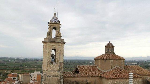 El actual rector de Constantí habría sido apartado dos años por presuntos abusos y pornografía