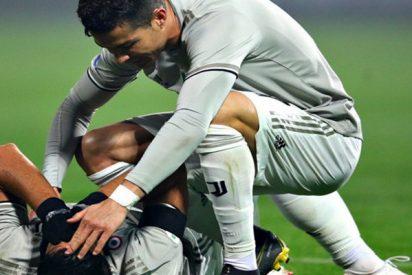 Cristiano 'noquea' a un compañero de un balonazo tras enfadarse con el árbitro
