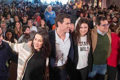 """Albert Rivera ocupa el centro para """"enterrar las dos Españas"""""""
