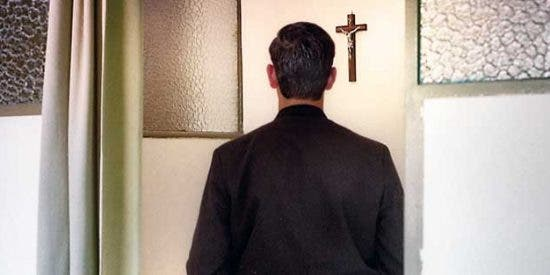 Asesinan a sacerdotes en Colombia y Madagascar