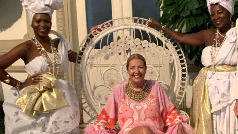 """Una directora de Vogue Brasil celebra una polémica fiesta con """"temática de esclavos"""""""