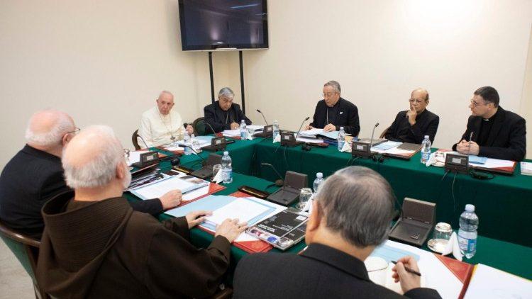 Las Conferencias Episcopales del mundo serán consultadas para la nueva Constitución sobre la Curia Romana
