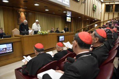 """Tagle admite que la Iglesia """"cubrió el escándalo para proteger a los abusadores"""""""