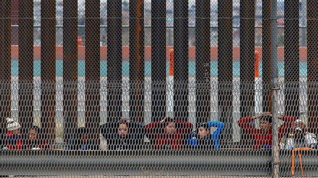 """Padre González: """"Las caravanas de migrantes continuan, pero con menos personas"""""""