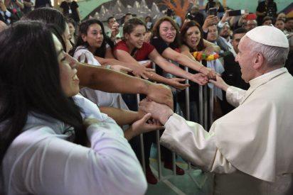 """El Papa clama por la reinserción de los presos: """"La cárcel no puede ser reducida a un castigo"""""""