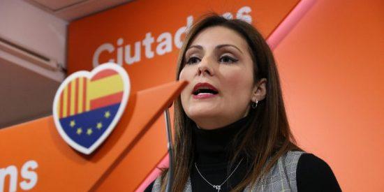 """Llamar """"mala puta"""" y amenazar con """"dar dos hostias"""" a la líder de Ciudadanos en Cataluña sale barato: 450 euros"""