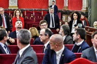 Todo el juicio, resumido en una sola foto: el tremendo desprecio de Junqueras a Quim Torra, el lacayo de Puigdemont