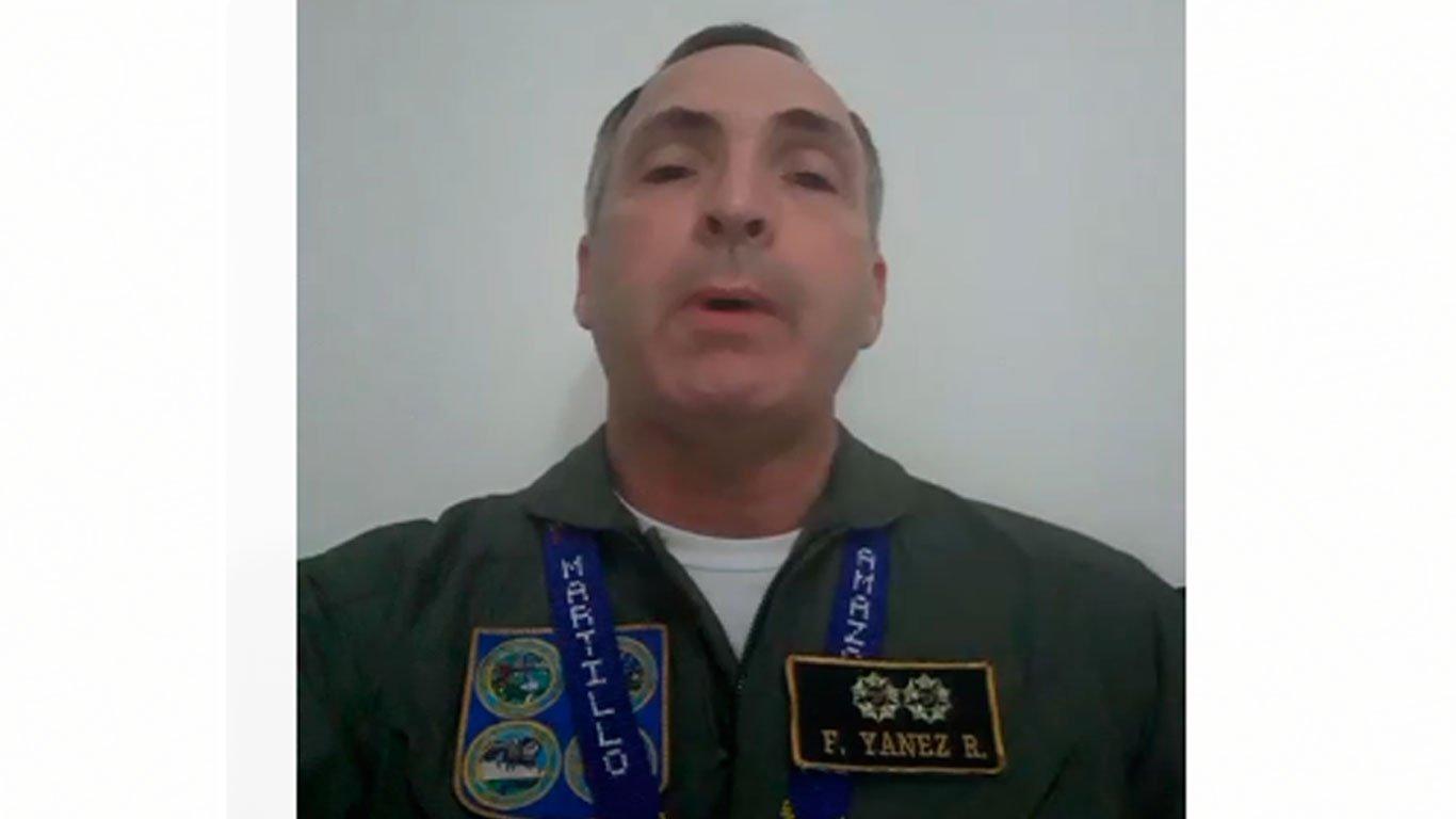 El ejército empieza a rebelarse contra Maduro: Un General del Alto Mando Militar de la aviación reconoce a Guaidó