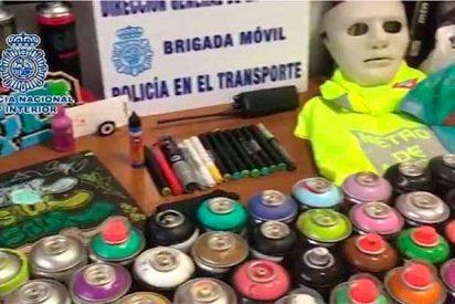 La Policia detiene a 18 grafiteros por asaltar y pintar vagones de Metro y Renfe en Madrid