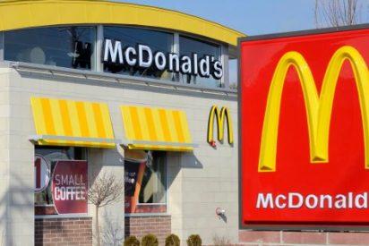 Encuentra una rata nadando en su malteada de McDonald's