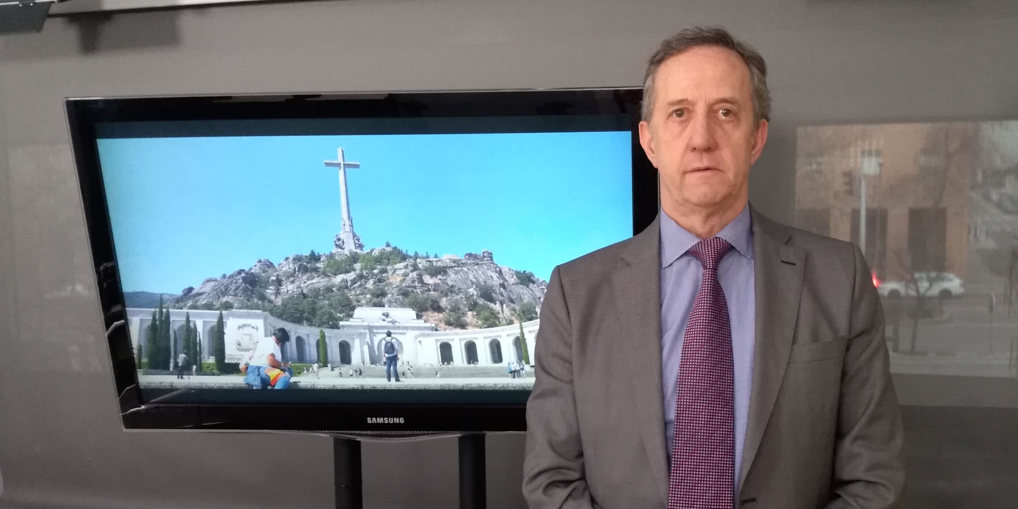 """La exhumación de Franco: """"En punto muerto para Sánchez, y en suspensivos para la Fundación Francisco Franco"""""""
