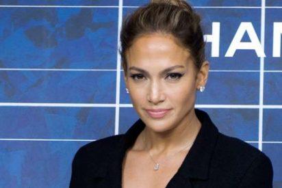El escote de Jennifer López que sedujo la gala de los Grammy