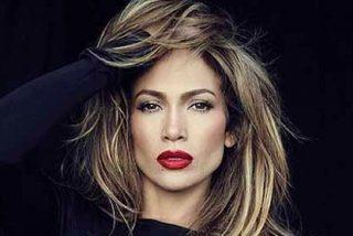 """Jennifer Lopez pasa la """"prueba del gris"""" con unos muy ajustados leggins"""