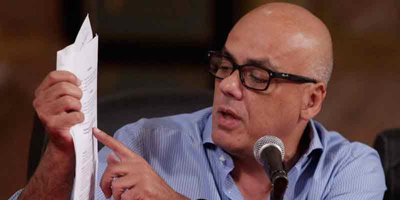 """El chavista Jorge Rodríguez a una periodista: """"Esperaba ser violada por soldados norteamericanos... si no la matan antes"""""""