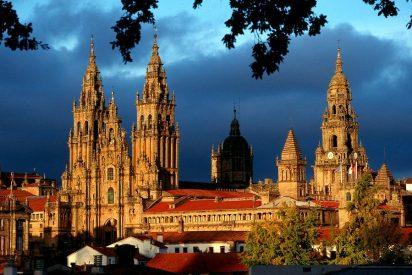 La archidiócesis de Santiago de Compostela adapta las retribuciones del clero al SMI