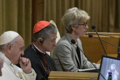 """El Papa Francisco: """"Todo feminismo acaba siendo un machismo con falda"""""""