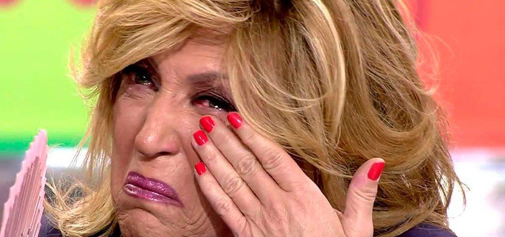 Lydia Lozano llora amargamente tras la 'traición' de la exmujer de Camilo Sesto