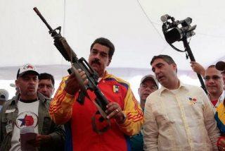 Vídeo: El dictador Nicolás Maduro entregará 13.000 fusiles a sus grupos paramilitares