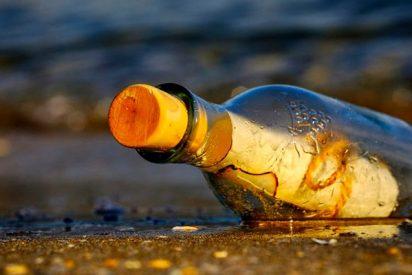 ¡Lanzó una botella con una nota al mar y después de 17 años pasa esto!