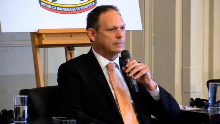 """El Tribunal Supremo en el exilio: """"No podemos descartar una coalición militar de paz en Venezuela"""""""