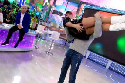 Miriam Saavedra se descuida y lo enseña todo bailando un tema de Bertín Osborne